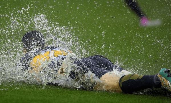 Как рассчитывается ставка, если прервали матч из-за погоды